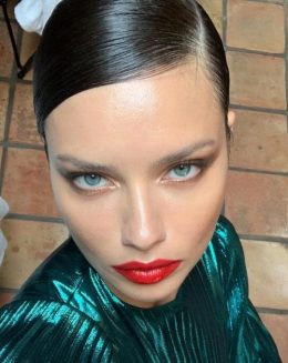 Adriana Lima Hair and Hairstyles
